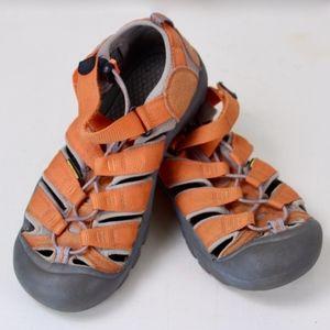 Keen Waterproof Sandals Shoes size 6 Orange Canvas
